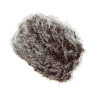 Włochata czapka