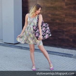 Kolorowa, rajska torba na lato